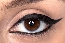 خط چشم ماژیکی